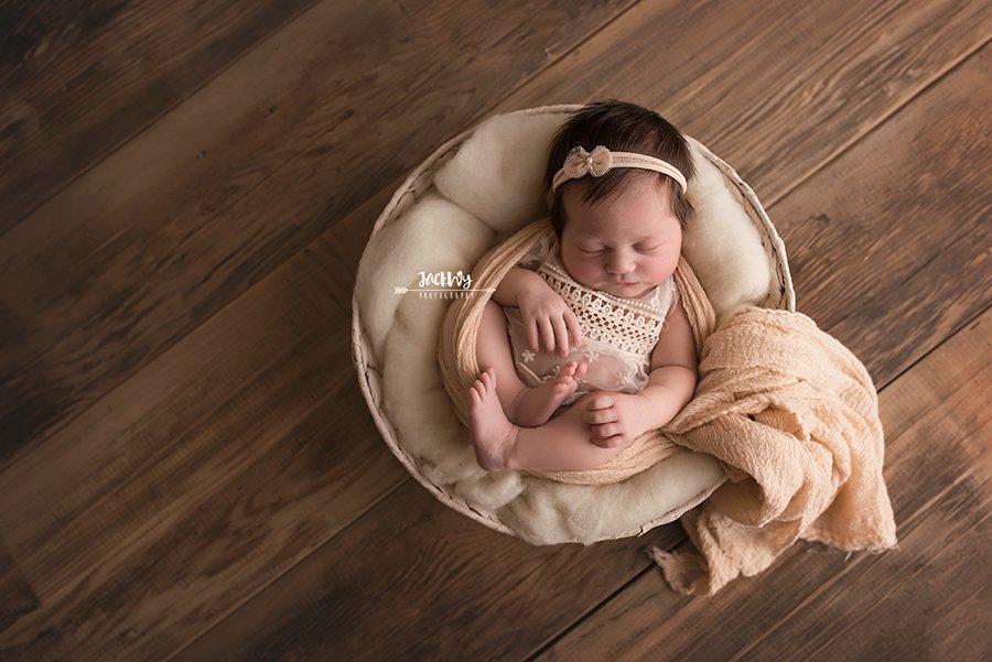 Clara {newborn mini}