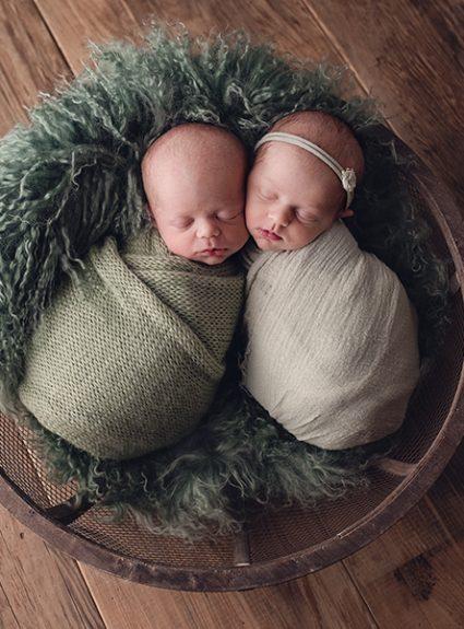 Aiden & Riley {newborn twins}