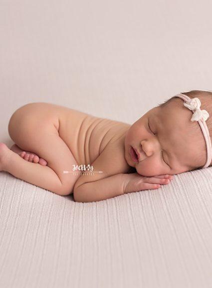 Evelyn {newborn mini}